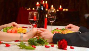Hadiah Valentine Dinner Romantis