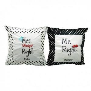 mr-mrs-right-cushion-