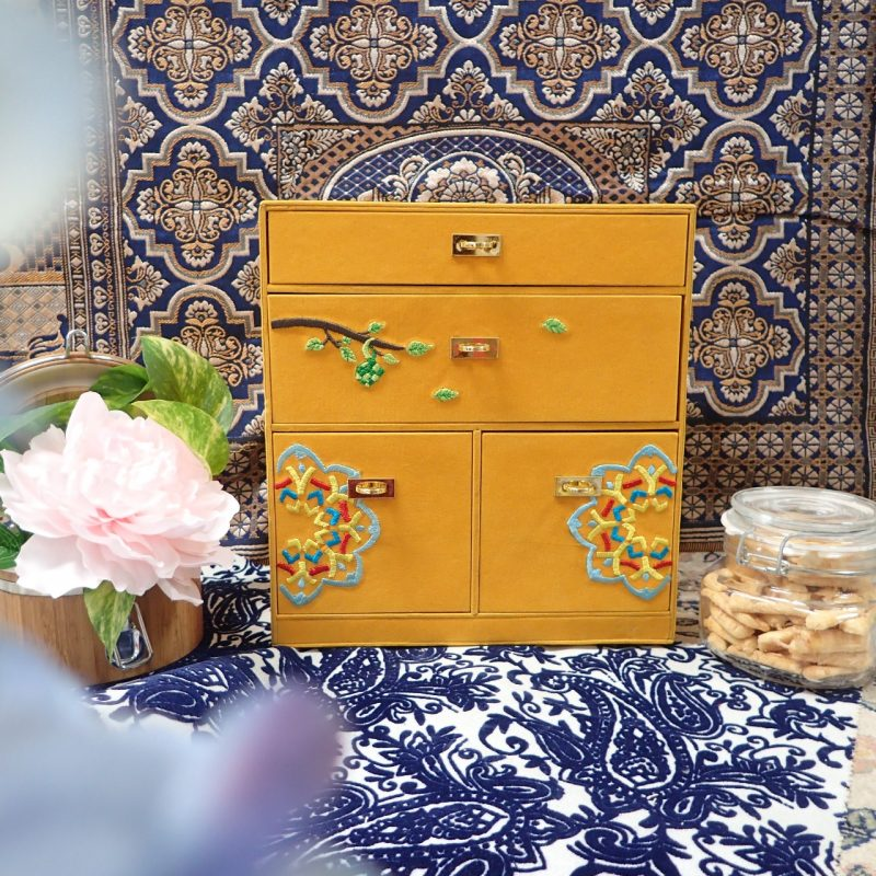 Jasmine Morroco Cabinet